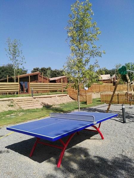 Parc infantil. Taula ping-pong
