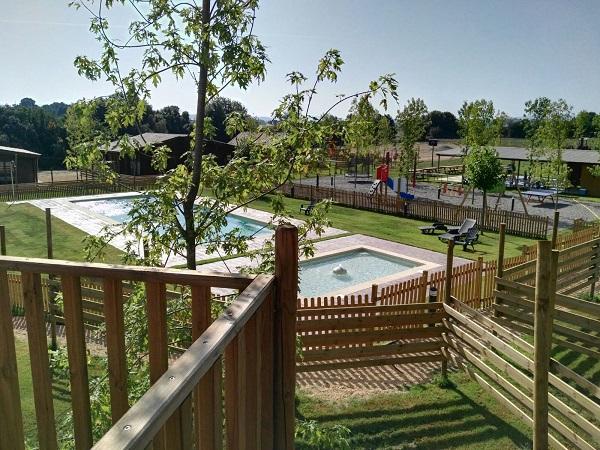 piscina camping rural
